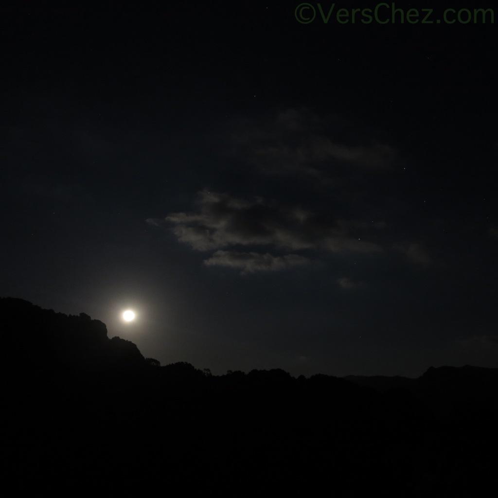 lune-nouvelleVersChez.com