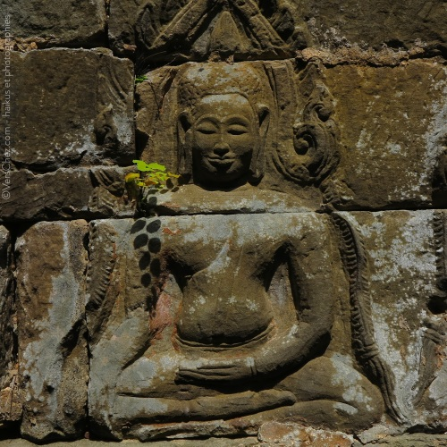 boudha-angkor-haiku-VersChez