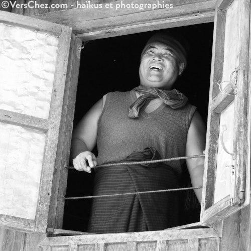birmanie-sourire-haiku-homme-birmanie©VersChez
