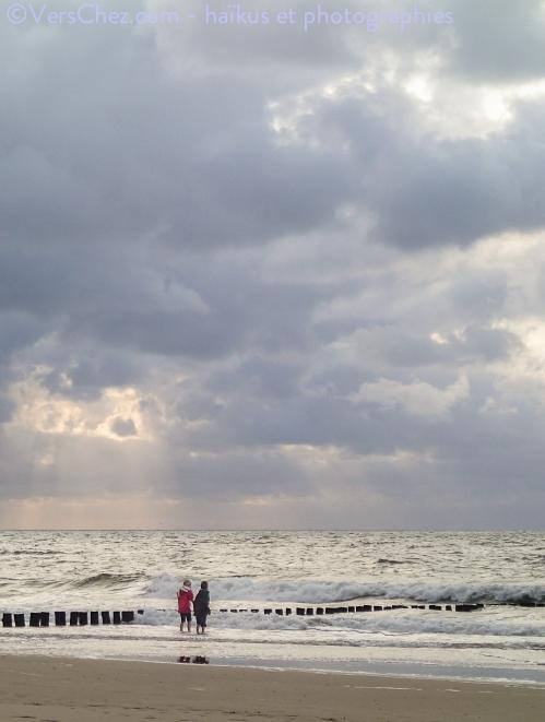 vague-enfants-mer-nord-haiku
